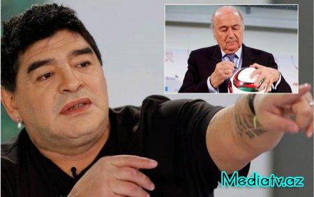 """""""FİFA prezidenti rüşvətxordur""""- Maradona"""