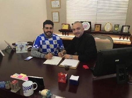 Türkiyə klubu futbolçunu bitkoinlə transfer etdi