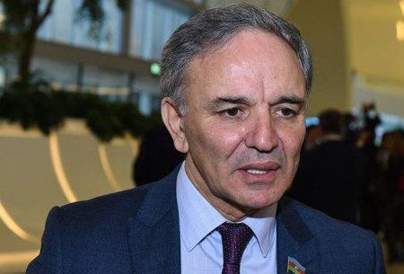 Amaşov: Prezident seçkiləri ilə bağlı KİV-lərin monitorinqi aparılır