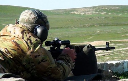 Azərbaycan ordusunun ən yaxşı snayperləri müəyyənləşib