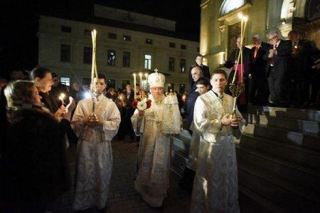 Bakı pravoslavları Pasxa bayramını qeyd edirlər – FOTO