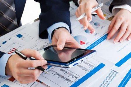 """Moody's"""" analitiki: Bank sektorunda dollarlaşma yüksək səviyyədədir"""