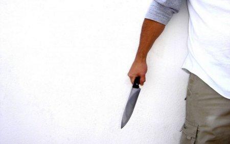 Tovuzda ər arvadını bıçaqladı