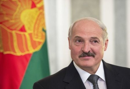"""Lukaşenko """"Miss Belarus""""un qalibinə kolxozda iş təklif etdi - FOTO"""