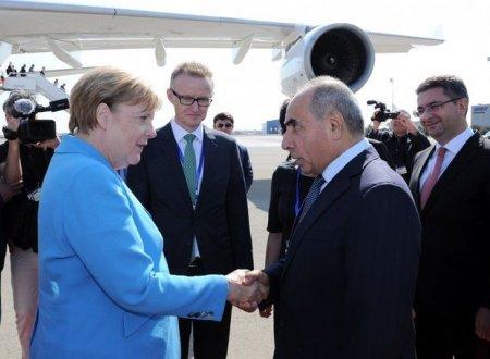 Merkel Azərbaycanda