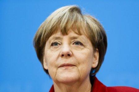 Merkel: Qarabağ münaqişəsi ilə bağlı səylərimizi artıracağıq