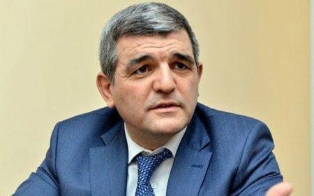 Fazil Mustafa: Azərbaycan məmurlarının qorunmasına ehtiyac var
