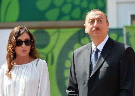 İlham Əliyev və Mehriban Əliyeva Dənizkənarı Milli Parkda